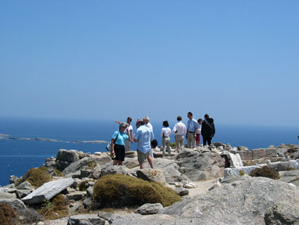 a group of participants on mount Kythnos, Delos